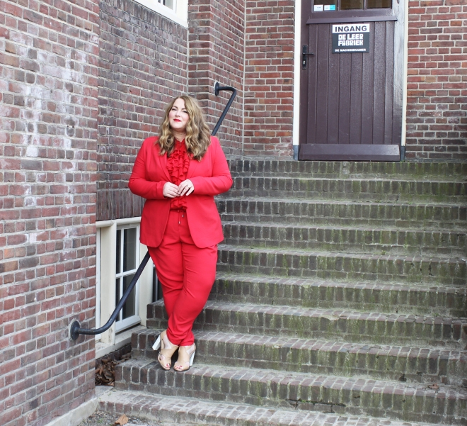 Belloya Plussize Fashion Curvy Grote maten Red Suit 10a
